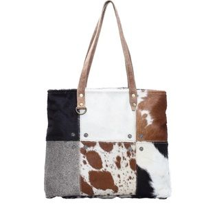 💥NEW💥 Leather and Cow Hide Patch Tote Bag -Large